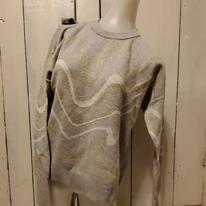 And eawy swirl sweater nwot